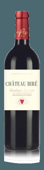 Chateau De Bire 2015 (i trälåda) Merlot 50% Merlot, 40% Cabernet Sauvignon, 8% Cabernet Franc, 2% Petit Verdot Bordeaux